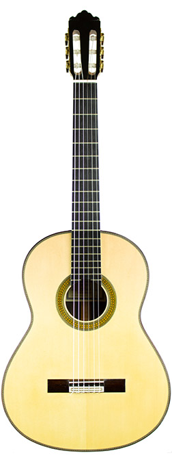 Classical Guitar Tezanos-2007-small-front.jpg